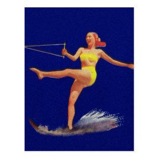 Chica modelo del esquí acuático del vintage postales