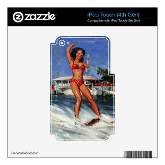 Chica modelo del esquí acuático retro de Gil Calcomanía Para iPod Touch 4G