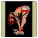 Chica modelo retro de Peter Driben del vintage en  Reloj De Pared