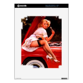 Chica modelo retro del mecánico de coche de Gil Calcomanías Para iPad 2