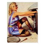 Chica modelo retro del mecánico de coche de Gil El Postal
