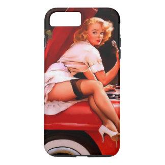 Chica modelo retro del mecánico de coche de Gil Funda iPhone 7 Plus