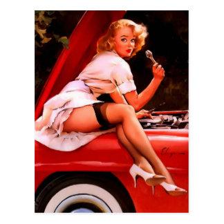 Chica modelo retro del mecánico de coche de Gil Postales