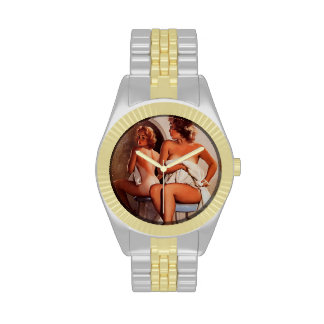 Chica modelo retro del moreno de Gil Elvgren Sun d Relojes De Pulsera