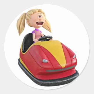 Chica n del dibujo animado un coche de parachoques pegatina redonda