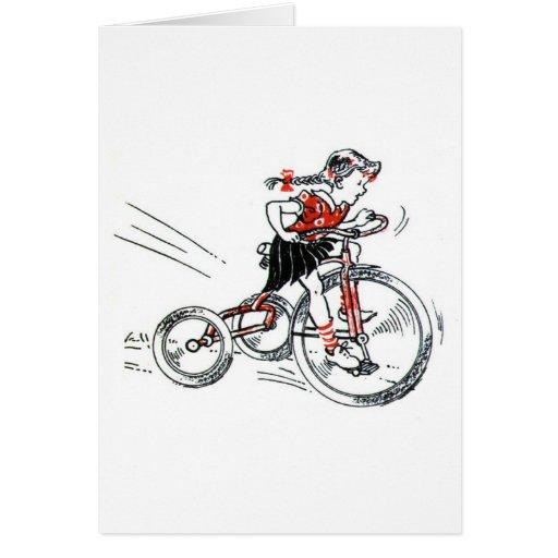 Chica nostálgico en el triciclo tarjeta