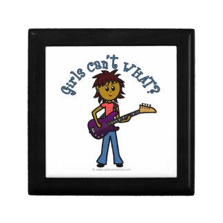 Chica oscuro de la guitarra baja caja de joyas