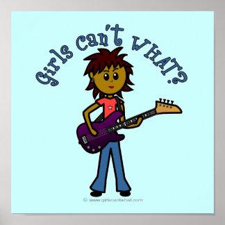 Chica oscuro de la guitarra baja póster