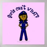 Chica oscuro de la policía posters