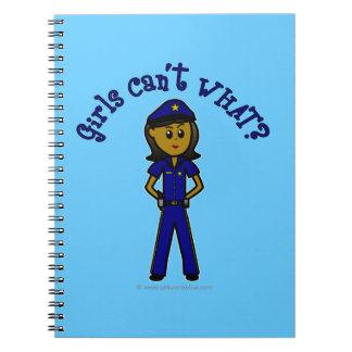 Chica oscuro del oficial de policía note book