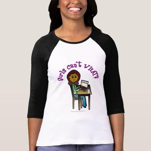 Chica oscuro del ordenador camisetas