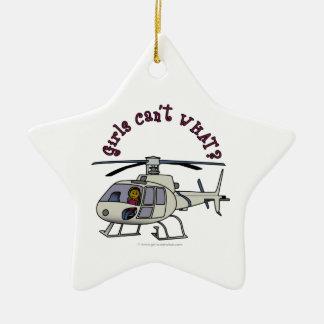 Chica oscuro del piloto del helicóptero ornamento de navidad