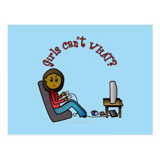 Chica oscuro del videojugador tarjeta postal