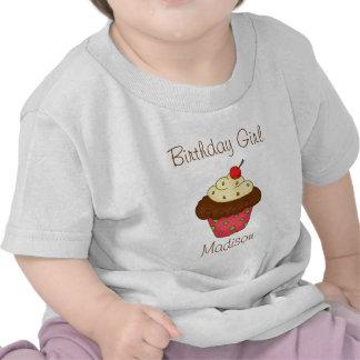 Chica personalizado del cumpleaños de la magdalena camiseta
