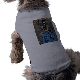 Chica punky del vapor con el cuervo mecánico playera sin mangas para perro