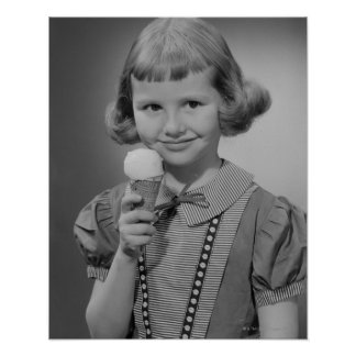 Chica que come el helado impresiones