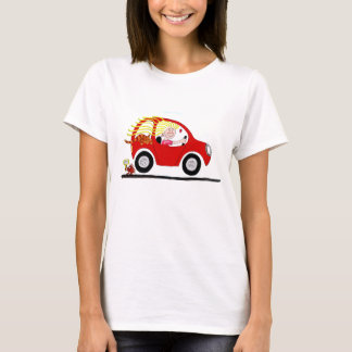 Chica que conduce el dibujo animado del coche playera