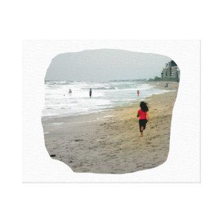 Chica que corre en la playa de la Florida Impresiones En Lona Estiradas