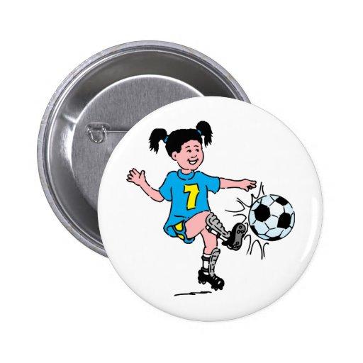 Chica que juega a fútbol pin