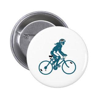 Chica que monta una bici pin