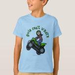 Chica que rueda cuatro de la luz ATV el   Camisas