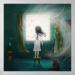 Chica que se coloca delante de una ventana poster