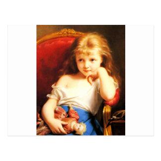 Chica que sostiene la muñeca (arte del vintage) postal
