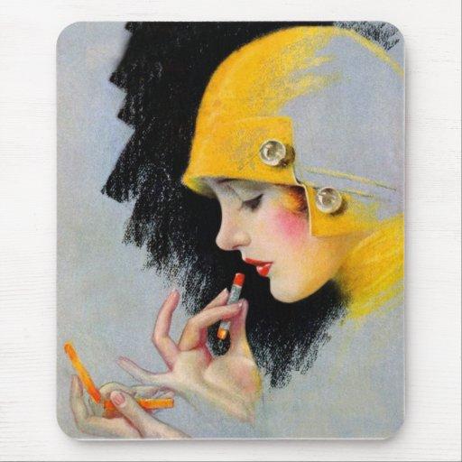 Chica retro del lápiz labial de las mujeres 20s alfombrilla de raton