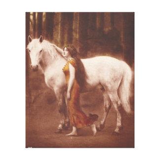 Chica romántico del Victorian con el caballo blanc Impresiones En Lienzo Estiradas