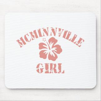 Chica rosado de Mcminnville Alfombrilla De Ratón