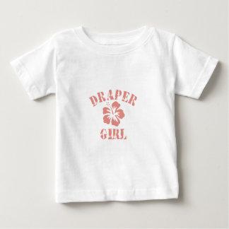 Chica rosado del pañero tee shirts