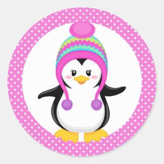 Chica rosado del pingüino del invierno del lunar pegatina redonda