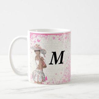 Chica rosado del verano taza de café