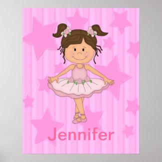 Chica rosado lindo del ballet en las estrellas y r posters