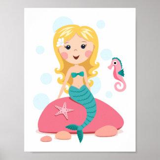 Chica rubio del dibujo animado de la sirena con el posters
