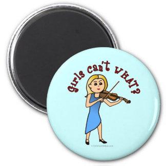 Chica rubio que toca el violín imán redondo 5 cm