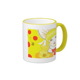 Chica y abeja de zumbido taza