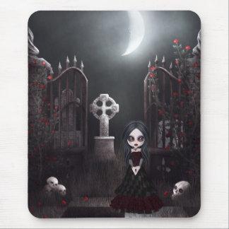 Chica y cementerio espeluznantes Mousepad del góti Tapete De Raton