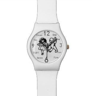 Chica y peluche del vintage reloj
