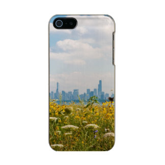 Chicago as seen from Montrose Harbor's bird Metallic iPhone SE/5/5s Case