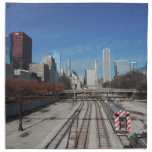 Chicago céntrica con las pistas del tren servilletas imprimidas