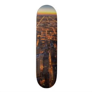 """Chicago céntrica en la puesta del sol patineta 7 3/4"""""""