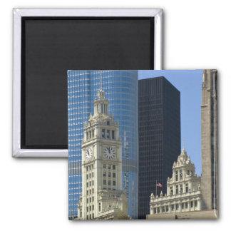 Chicago, edificio de Wrigley con el hotel del triu Imán Cuadrado