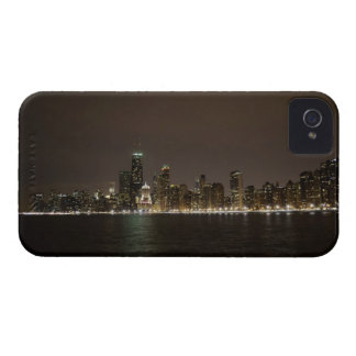 Chicago en la noche Case-Mate iPhone 4 cárcasas
