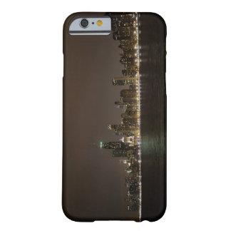 Chicago en la noche funda barely there iPhone 6