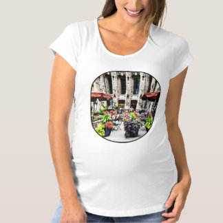 Chicago - Enjoying Lunch on the Magnificent Mile Maternity T-Shirt