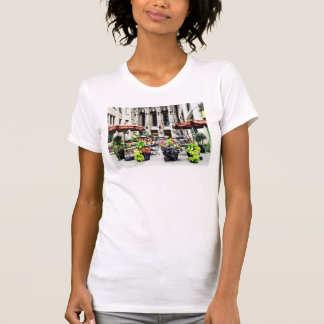 Chicago - Enjoying Lunch on the Magnificent Mile T Shirt