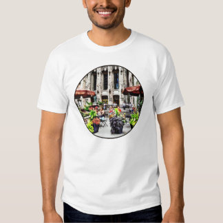 Chicago - Enjoying Lunch on the Magnificent Mile T-shirt
