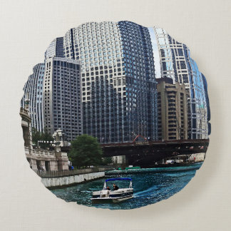 Chicago IL - Chicago River Near Wabash Ave. Bridge Round Pillow