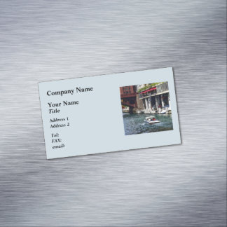 Chicago IL - Motorboat Near Dearborn Street Bridge Magnetic Business Card